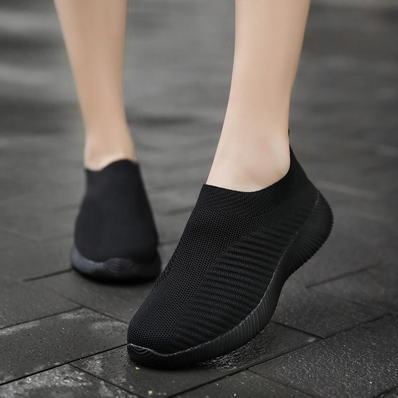 老北京布鞋女春季一脚蹬运动鞋黑色休闲鞋透气弹力袜子鞋女跑步鞋
