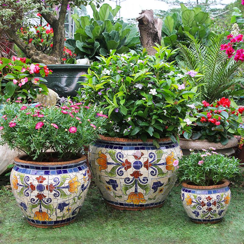 玫瑰小镇玛卓利卡高端庭院花盆 绿植园艺花园盆栽大落地有孔花器