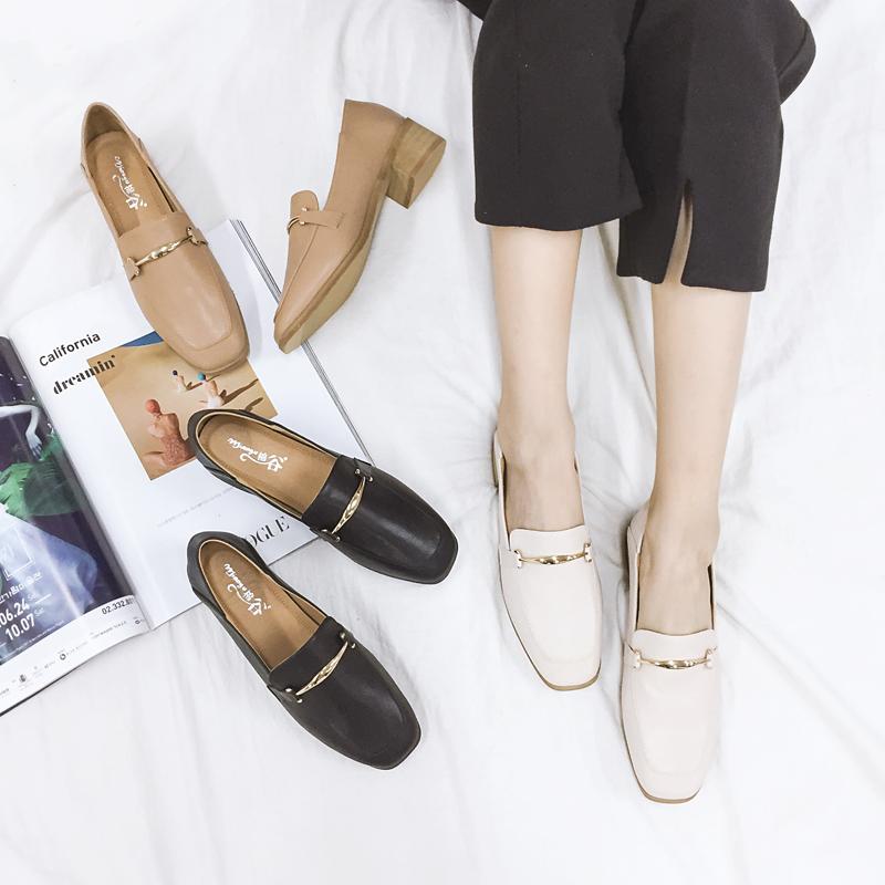 英伦小皮鞋女学生韩版百搭复古乐福鞋2017秋新款方头中跟粗跟单鞋