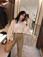 纯色长袖衬衫女设计感小众轻熟春装2020款韩版宽松百搭上衣洋气潮
