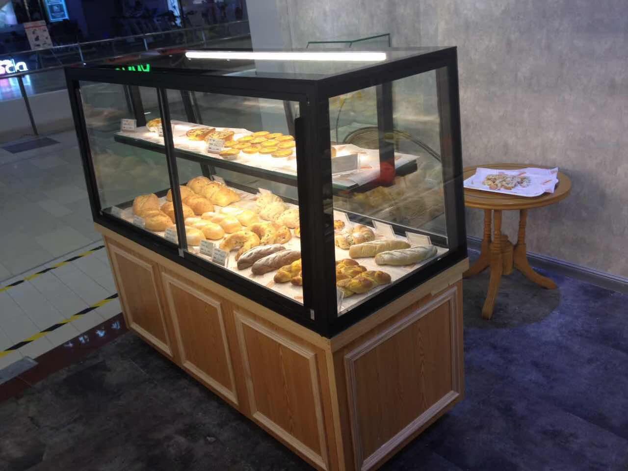 面包中岛柜展示柜