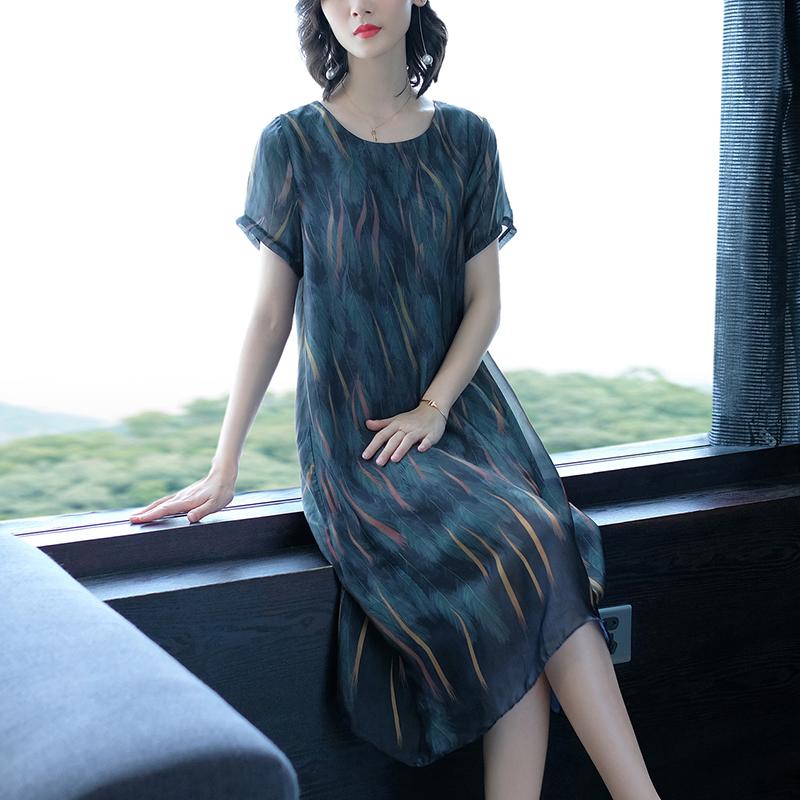 适合胖人的裙子高端大码女装显瘦春装2020款短袖贵夫人典雅连衣裙