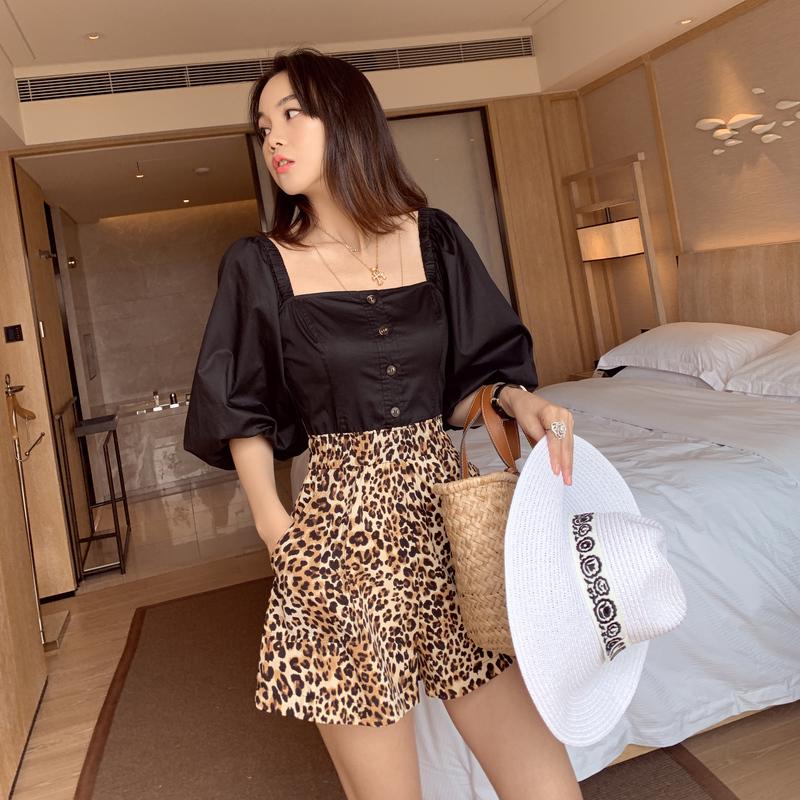 棉麻一字肩泡泡袖显瘦短款豹纹连体裤女2019新款时尚气质chic套装
