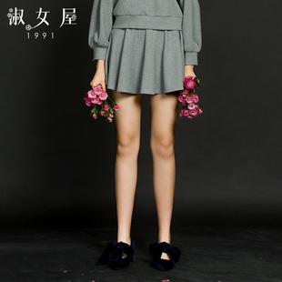淑女屋短裙女装2019年春季新款合体柔软弹力深灰色百褶针织半身裙
