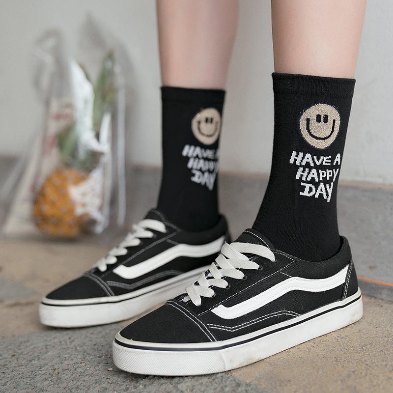 袜子女中筒袜ins潮黑色笑脸袜韩国可爱日系夏季薄款长袜子学院风