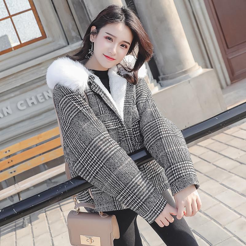 大码羊羔毛外套女200斤胖mm2018韩版冬季毛呢外套胖妹妹宽松短款