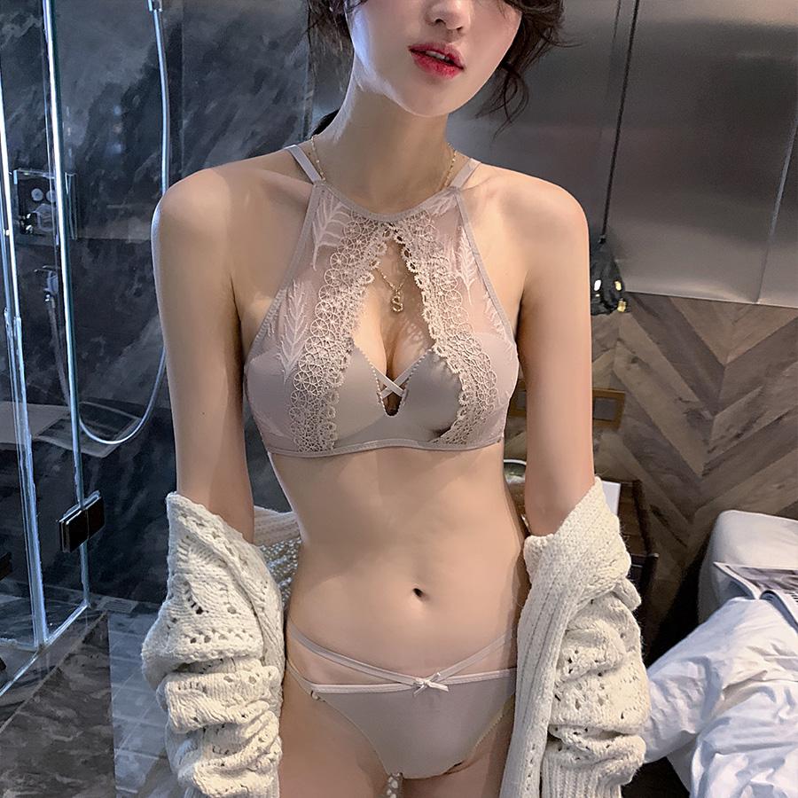 性感蕾丝诱惑小胸无钢圈聚拢半杯少女内衣文胸套装防走光小胸罩