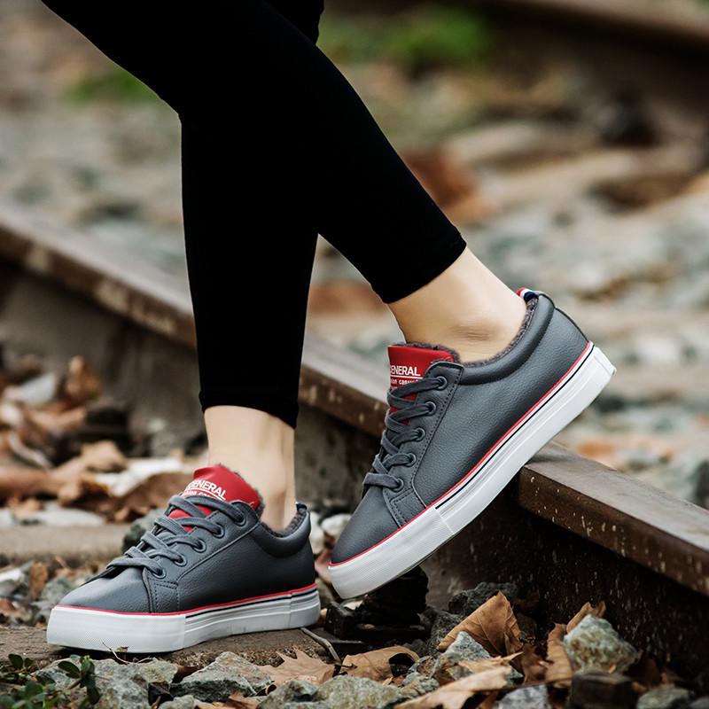 环球棉靴女冬短筒短靴子女棉靴雪地鞋女冬季平底毛靴板鞋粗跟短靴