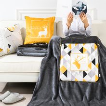 黑金ins北欧抱ha5被子两用ie车沙发靠枕垫空调被短毛绒毯子