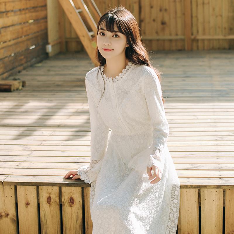 2019新款女春装法国小众仙女裙chic温柔很仙的收腰蕾丝连衣裙长裙