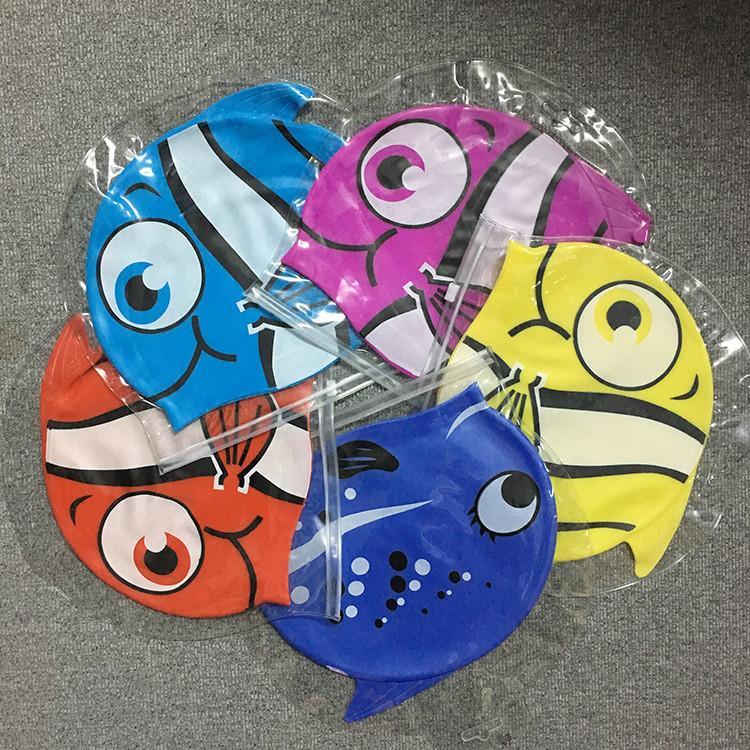 时尚儿童泳帽可爱印花硅胶游泳防水护耳小鱼潜水帽超大弹力舒适潮