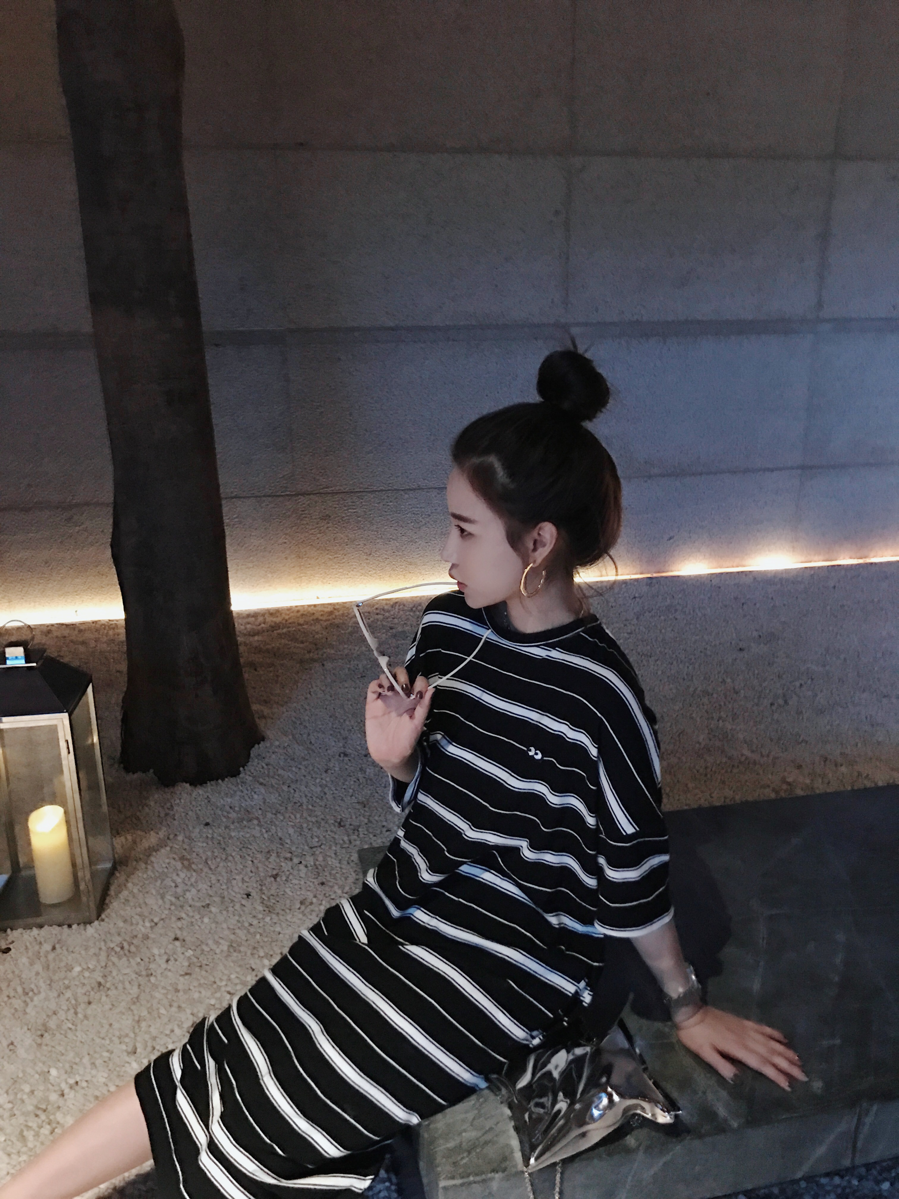 钱夫人CHINSTUDIO 超火的冷淡风刺绣黑白条纹连衣裙女夏宽松长裙