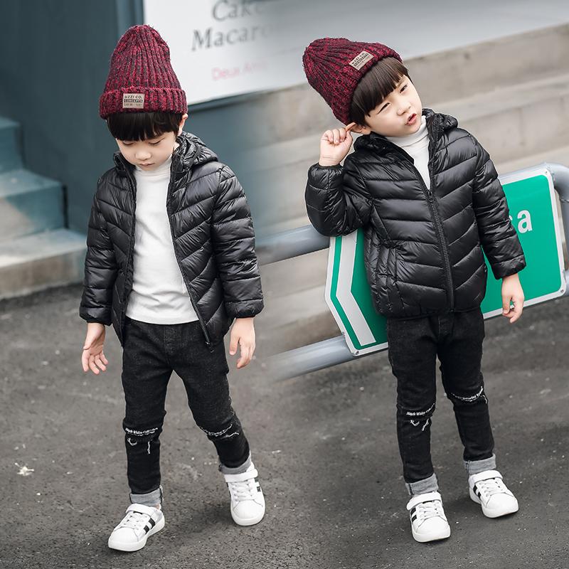 儿童轻薄羽绒服连帽短款冬新款男童女童宝宝小孩中小童超反季外套