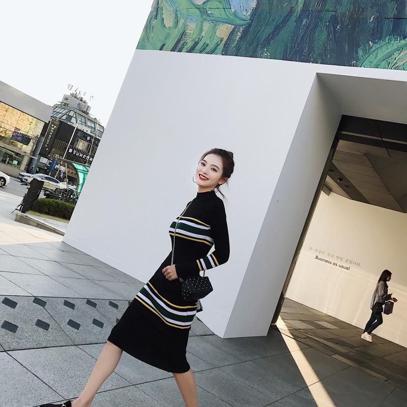 小高调/撞色拼接条纹针织连衣裙秋装2017新款女韩版长袖打底裙潮