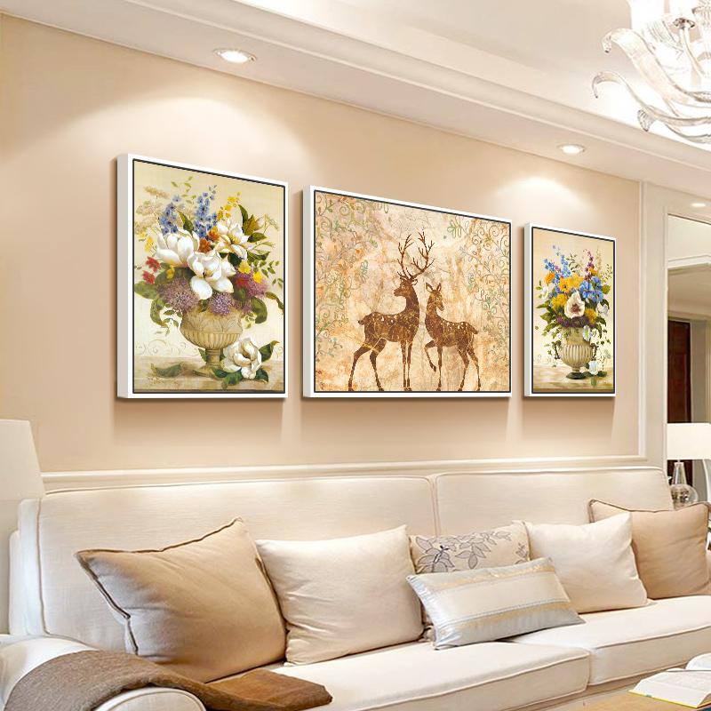 北欧客厅装饰画沙发背景墙画客厅壁画三联沙发后面的挂画 大气