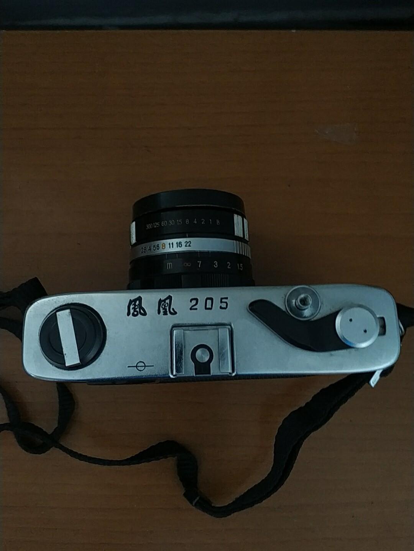 凤凰205胶卷相机,满满的都是过去的故事,买的是历史,收藏的