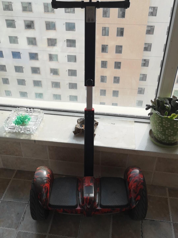 阿尔郎平衡车带腿夹,没用过几次,可以手机调速度放家里吃灰便宜