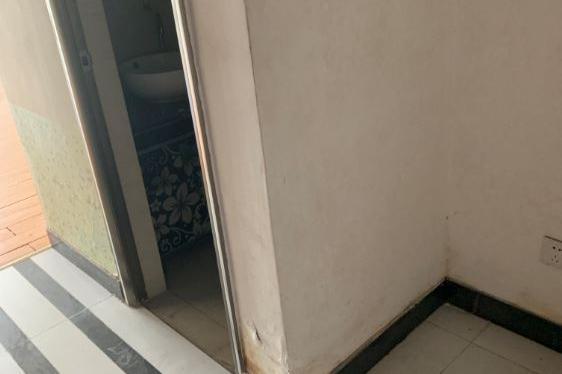 广州市增城区增江街学府路1号5幢726房