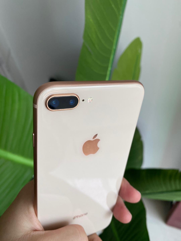 iPhone8 plus 国行64g