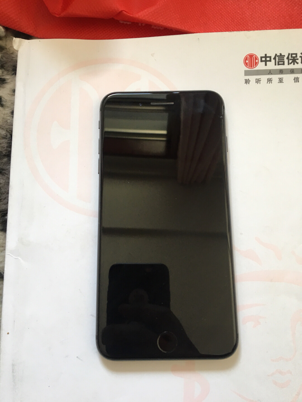 苹果8plus国行64g,纯原,无拆**,绕id游戏机,王者