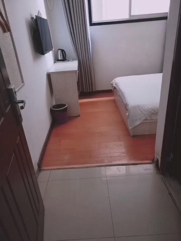 单身公寓单间出租拎包入住