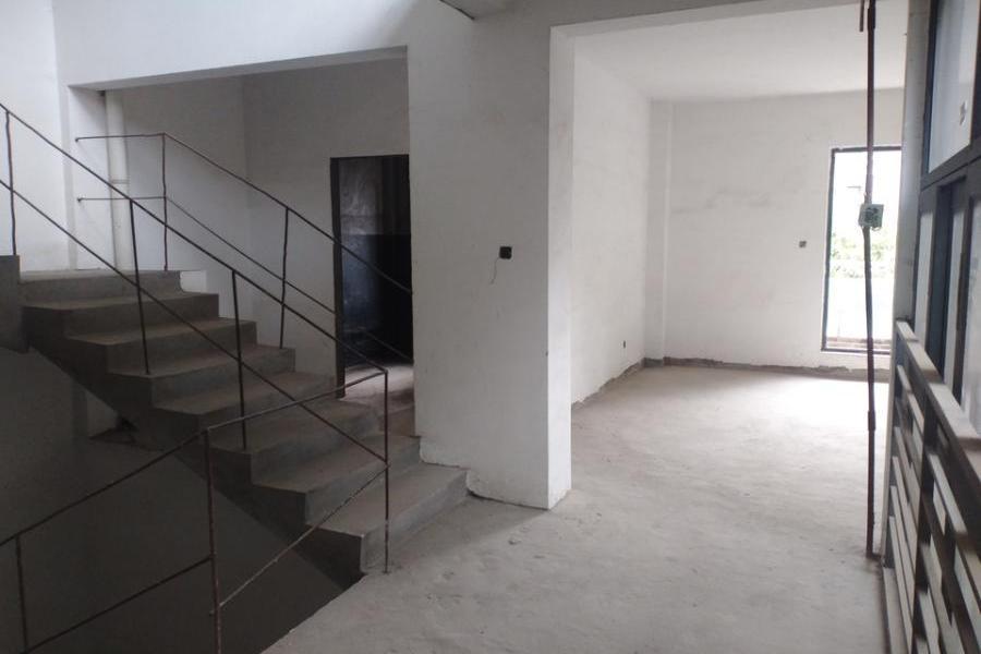 仓山区城门镇龙江路98号东方威尼斯二期E107#楼1层02车库;102复式单元