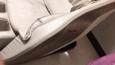 日本株式会社DCore按摩椅家用全身豪华太空舱全自动多功能电动