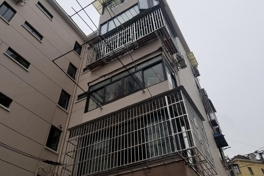 上海市徐汇区龙华西路31弄62号502室房屋