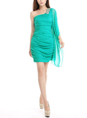 Love love ~ India Feng Shui Crystal presided over Christmas new year to one-shoulder stretch mesh flounce dress