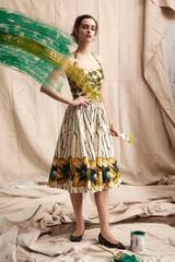 Us designer show digital big yellow color oil painting hanging neck in two long dresses sale