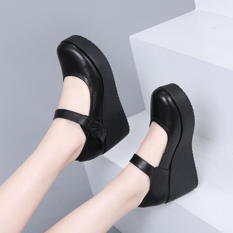 真皮黑色坡跟防水台大码女鞋胖脚宽肥女式春秋皮鞋圆头百搭工作鞋