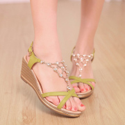 2015 summer with wedge Sandals women in Korean fashion rhinestone peep-toe platform Sandals yuzui shoes wave
