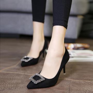欧美春季尖头细跟女鞋中跟单鞋水钻方扣高跟鞋红色婚鞋黑色工作鞋
