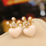 Cool na Korean jewelry rhinestones earrings fresh Crown heart love lovely Joker Stud 2003