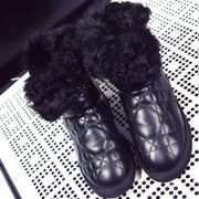 Leather and sheep fur winter snow boots women padded anti-slip platform boots warm shoes flashes in fur boots