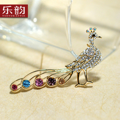 Music jewelry Korea lovely Peacock rhinestone brooch women simple corsage upscale sweater pins