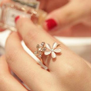 Cool na Korean Daisy mouth full rhinestone flower rhinestone Adjustable ring ring 1037