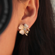 Korea wild fashion earring Opal Shi Siye grass flowers without ears ear clip girl Stud Earrings