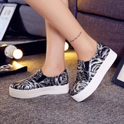 2015 lazy summer canvas shoes women foot pedal thick-soled platform shoes female leisure students shoes Korean wave