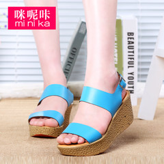 Microphone clicking 2015 summer new Sandals comfortable casual platform platform platform peep-toe shoes with buckle with a solid color