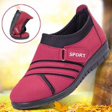 老北京秋季中老年女鞋妈妈平跟平底防滑软底老人太太奶奶婆婆布鞋