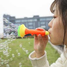 小喇叭吹泡泡 宝宝儿童玩具 地摊新款小号 手动男孩小孩安全无毒