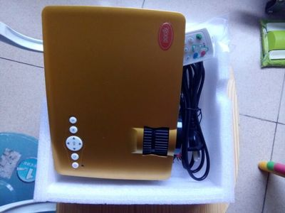 投影仪热销推荐:Igood 投影仪微型投影仪投影机高清1080P 3D BF-300评测
