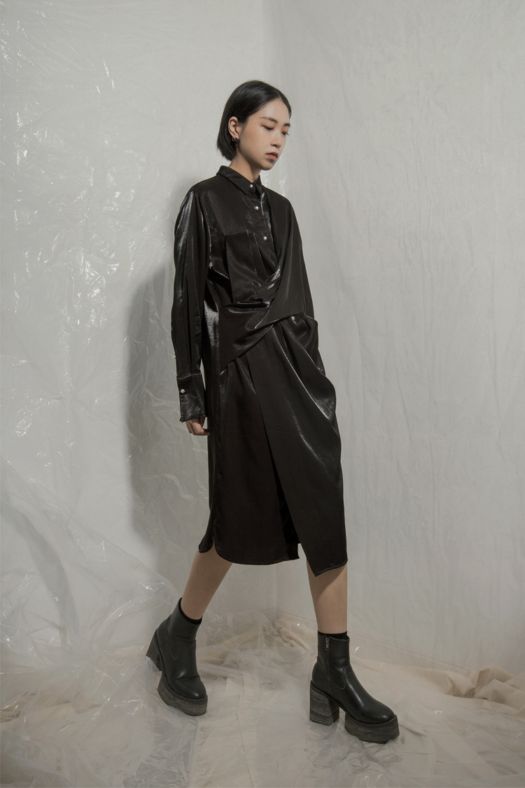 TINY IN 小众设计结构衬衫连衣裙