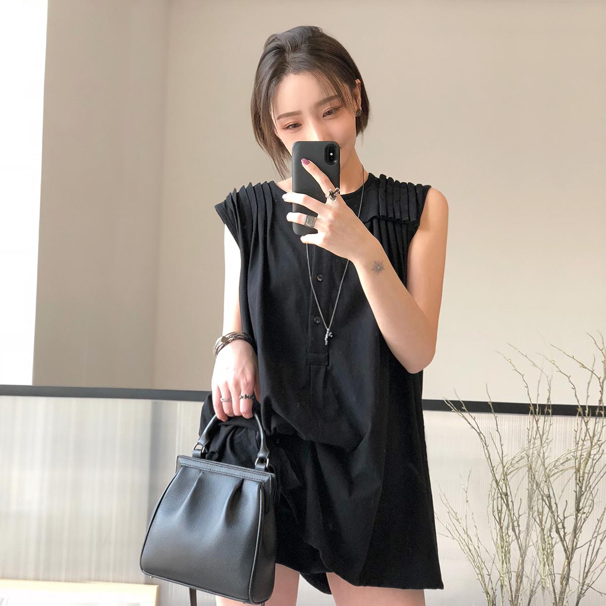 翩然/叠褶元素设计底摆穿绳自由调节堆叠花苞针织纯棉黑色上衣