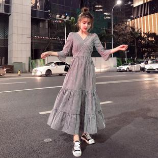 2019夏新款大码女装适合胖女人胯大腿粗穿的遮肚显瘦长连衣裙子潮