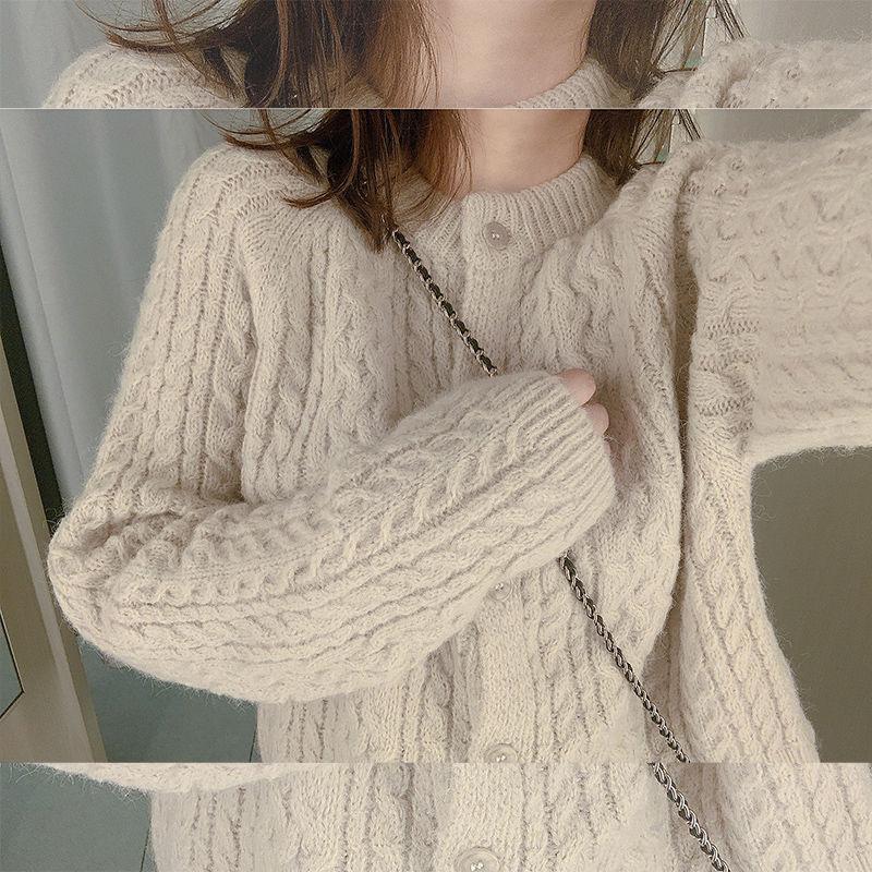 AEM 春款针织毛衣女宽松外穿套头慵懒风2020新款复古麻花短款开衫