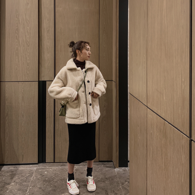 羊羔毛外套女冬2018新款加厚chic短款毛绒皮毛一体翻领小羊羔服