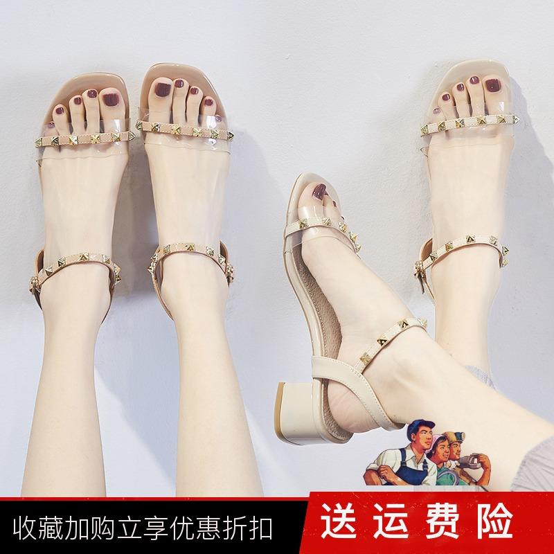 ZHR2019新款网红凉鞋女仙女风一字带粗跟铆钉高跟鞋超火ins透明鞋
