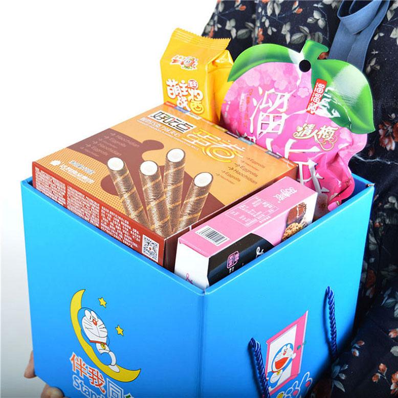 抖音同款网红猪饲料零食大礼包送女友男友闺蜜儿童女生日吃货礼盒